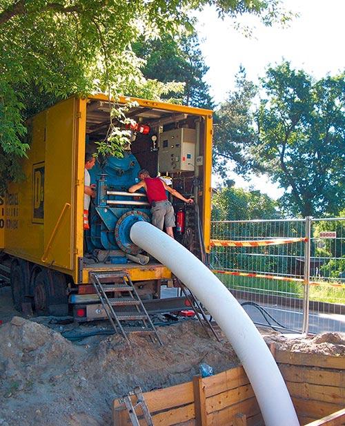Auch mit Drucktrommeln kann der RS CityLiner® eingebaut werden. Damit ist eine Härtung mit Dampf möglich.